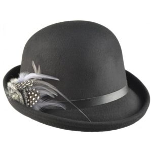 Palarie bowler hat din fetru moale cu pana